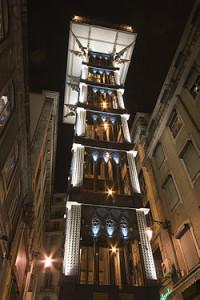250px-Lisbon_(Lisboa)_historic_elevator_Santa_Justa_Luca_Galuzzi_2006