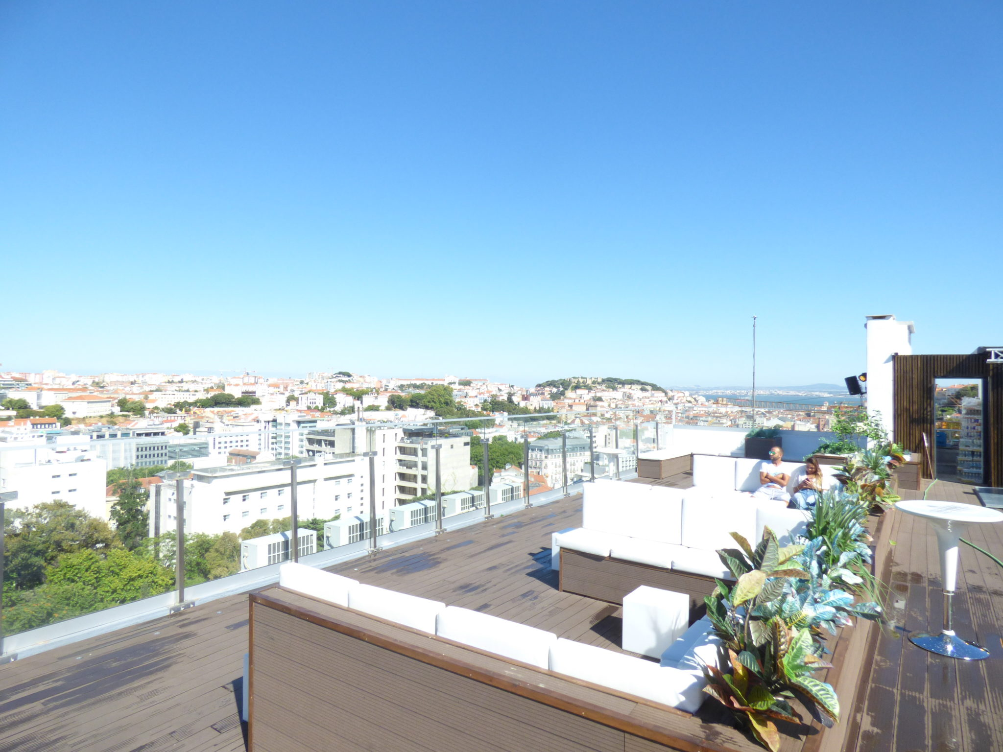 rooftop level eight bar view point river drink chill lisbon party friends beer